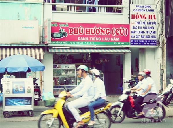 Những hàng quán danh tiếng hơn 40 năm ở Sài Gòn_14