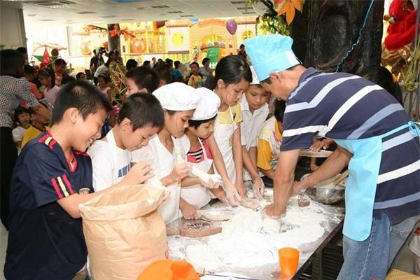 Gợi ý khu vui chơi trong dịp Tết cho cả gia đình ở Hà Nội, Sài Gòn 2