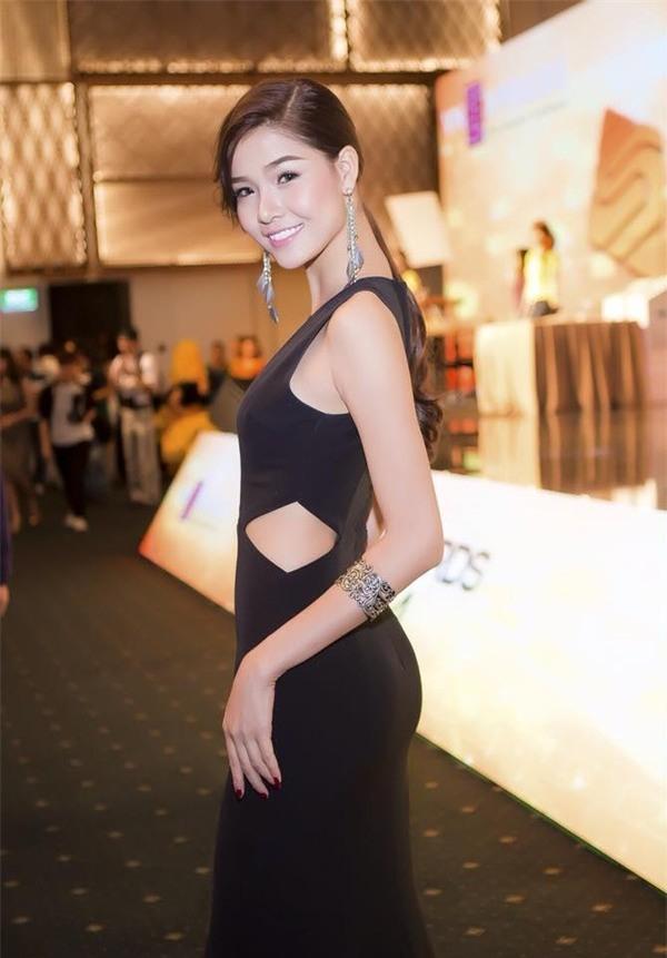 Siêu mẫu Việt thừa nhận đã chi gần 250 triệu đồng cho 4 lần PTTM ảnh 6