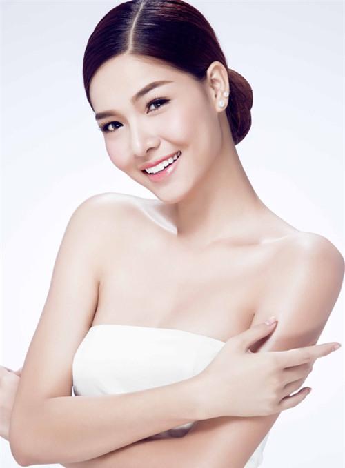 Siêu mẫu Việt thừa nhận đã chi gần 250 triệu đồng cho 4 lần PTTM ảnh 8
