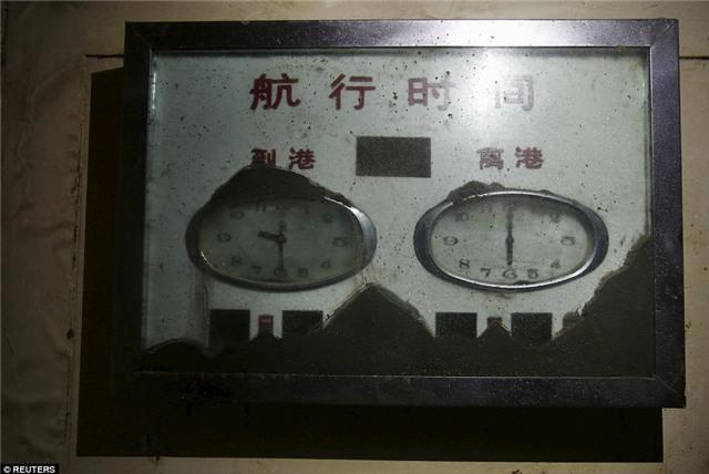 Những bức hình ám ảnh bên trong con tàu bị chìm ở Trung Quốc - Ảnh 3