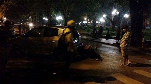 """Cãi nhau với vợ, tài xế """"xe điên"""" gây tai nạn liên hoàn - 3"""