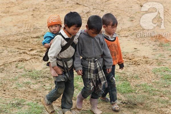 trẻ em vùng cao