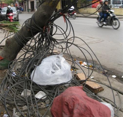 Sống ở Hà Nội, cần phải biết những nguy hiểm chết người này! - Ảnh 22