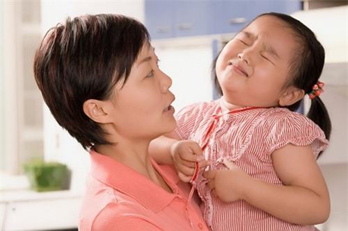 5 thói xấu điển hình của trẻ mẹ phải