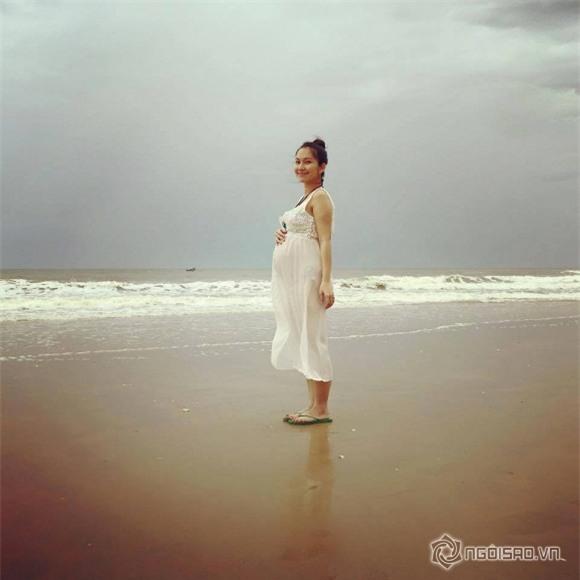 Kim Hiền mang bầu  1