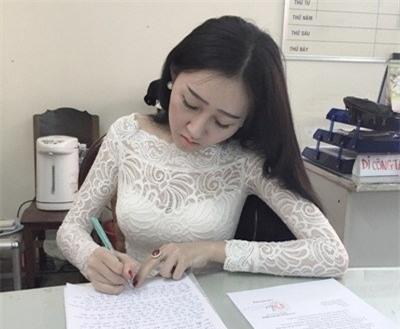 Huỳnh Thuý Anh, người đẹp, hoa hậu, thi chui