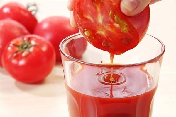 """Điều """"cấm kỵ"""" tuyệt đối không được mắc khi ăn cà chua - Ảnh 2"""