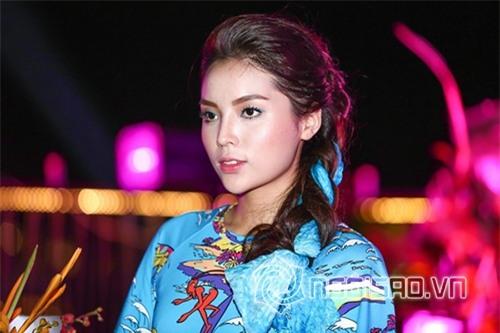 Bằng chứng Hoa hậu Kỳ Duyên tiêm botox v-line 5