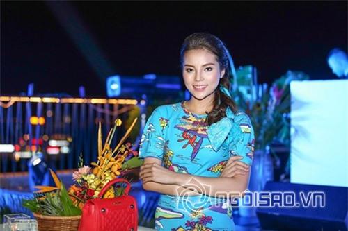 Bằng chứng Hoa hậu Kỳ Duyên tiêm botox v-line 6