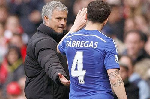 """fabregas nói gì vè nghi án """"dam sau lung"""" mourinho? hinh anh 1"""