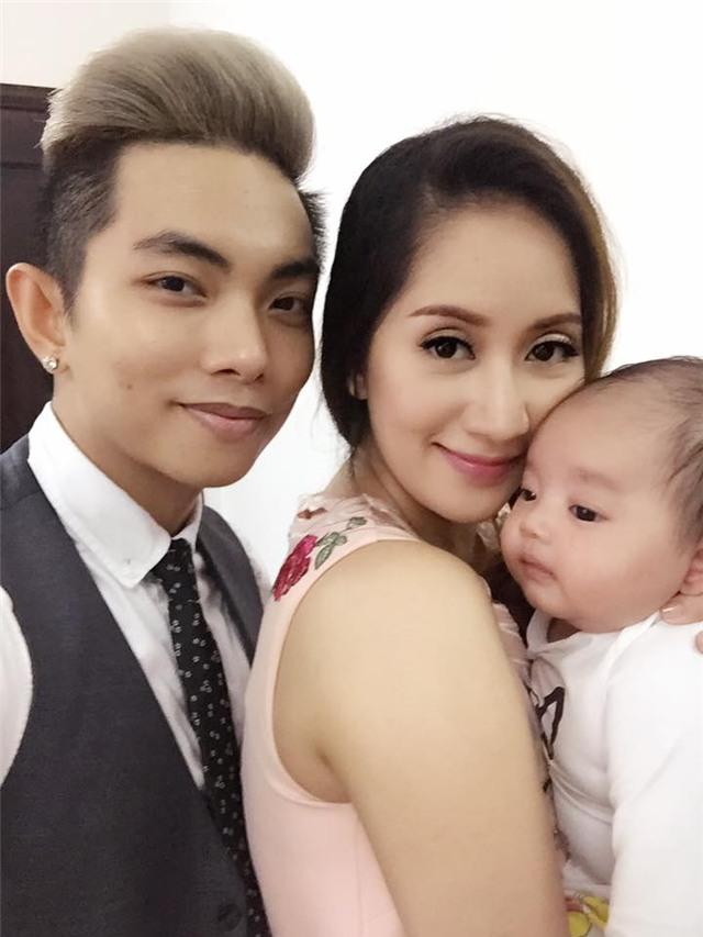 Vợ chồng Khánh Thi khoe ảnh con trai tròn 2 tháng tuổi