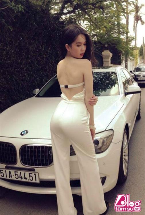 chuyen-tinh-yeu-cua-ngoc-trinh-blogtamsuvn-21