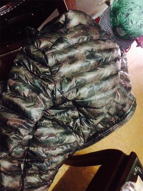 Một chủ shop ở Hà Nội bị tố bán hàng nhái quần áo Uniqlo với giá đắt đỏ - Ảnh 7.