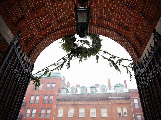 Harvard là một trong những trường tuyển sinh khắt khe nhất với tỷ lệ trúng tuyển chỉ ở mức 5,8%. Ảnh: Getty Images.