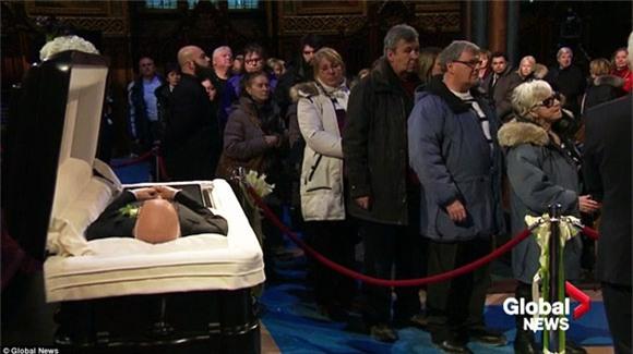đám tang chồng Celine Dion 14