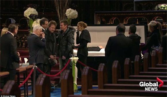 đám tang chồng Celine Dion 8