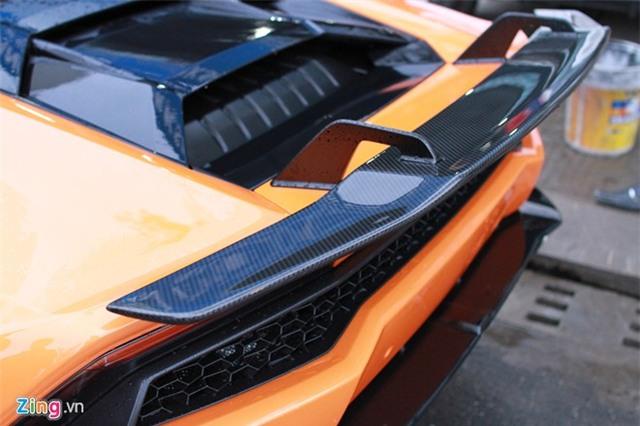Lamborghini Huracan màu độc của đại gia Đà Nẵng