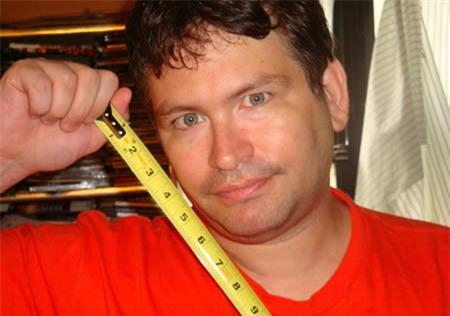 Hình ảnh: Chuyện lạ có thật: Người đàn ông có 'cậu nhỏ' dài gần 35cm số 1