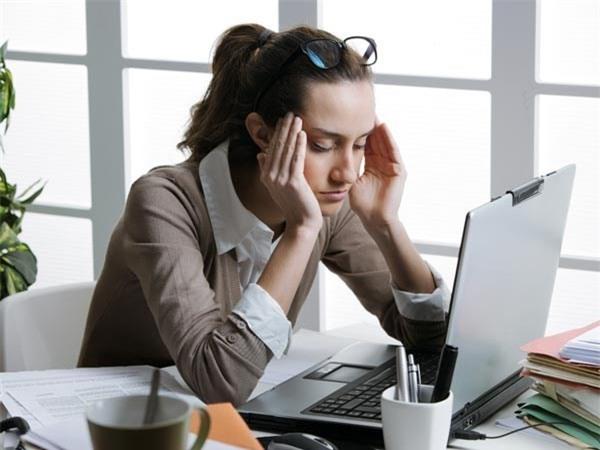 4 kiểu đau đầu thường gặp - chữa trị thế nào?