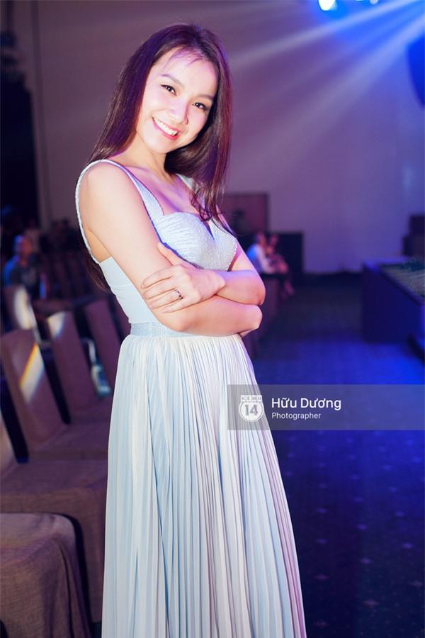 Hoa hậu Thùy Lâm bất ngờ xuất hiện mũm mĩm tại sự kiện - Ảnh 1.