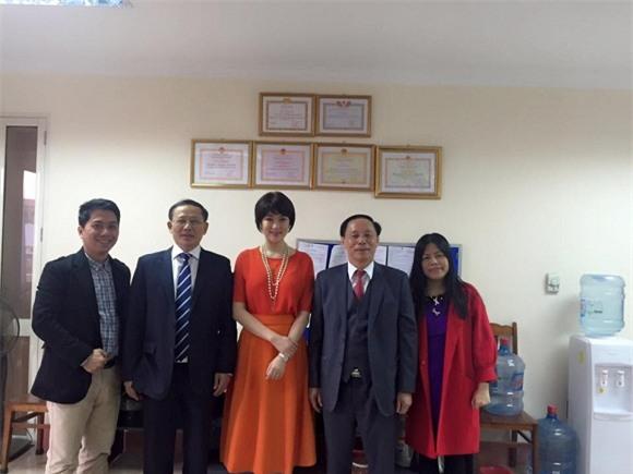 Hoa hậu Nguyễn Thị Huyền lột xác 11