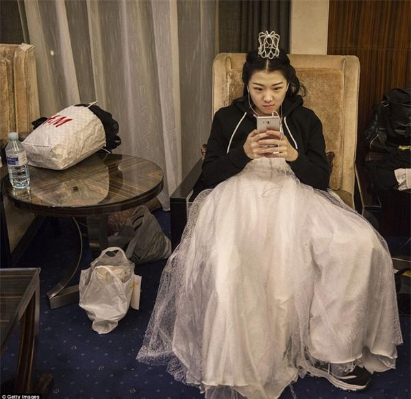 Buổi lễ mai mối tập thể hoành tráng của giới quý tộc Trung Quốc - Ảnh 6.