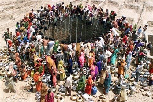 15 bức ảnh khiến bạn không dám vặn vòi nước thả phanh - 1