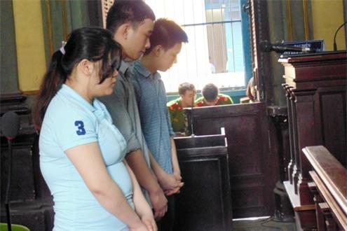Các bị cáo trong phiên xử phúc thẩm 23/3/2016. Ảnh: Lê Hoàng.