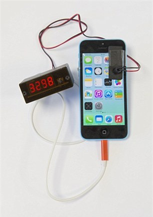 bẻ khóa iPhone