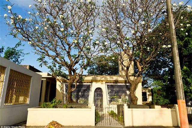 Toàn cảnh khu biệt thự xa hoa dành cho người chết tại Philippines - Ảnh 4.