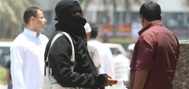 Có thể kiếm tới 1,6 tỷ đồng/ngày, nhiều du khách đổ xô tới Dubai để làm ăn mày - Ảnh 2.