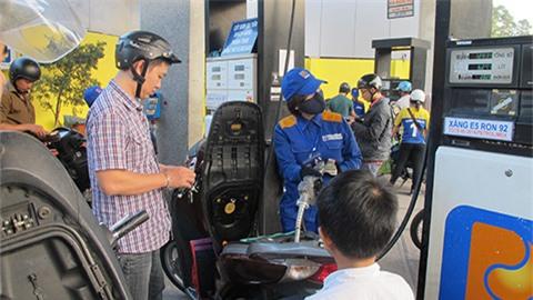 giá xăng, giá xăng dầu, giá xăng bán lẻ, giá xăng dầu Việt Nam, quỹ bình ổn xăng dầu