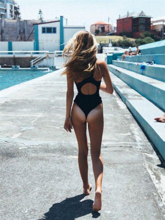 Chọn đồ bơi