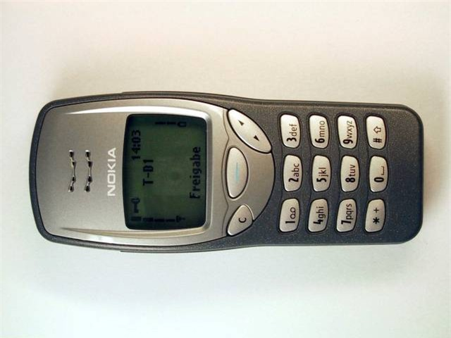Trước iPhone, đây là 4 chiếc điện thoại di động đã thay đổi thế giới - Ảnh 2.