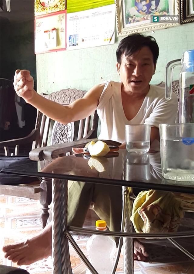 Trưởng thôn Chi Long khẳng định ông Luấn trước đây là trạng đề, thầy bói chứ không phải là bác sĩ.