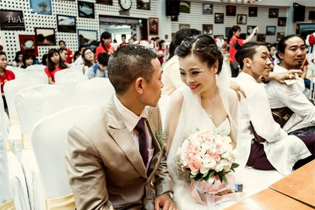 Đám cưới cổ tích trong bệnh viện của người phụ nữ mắc bệnh tan máu bẩm sinh - Ảnh 1.