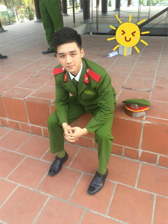 Anh công an Việt có vẻ đẹp tiểu mỹ thụ được phái nữ truy lùng trên mạng xã hội - Ảnh 4.