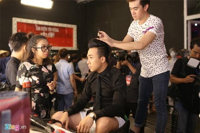 Hari Won che mat den ung ho Tran Thanh tai Got Talent hinh anh 2
