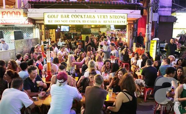 Khám phá Khao San - con phố không ngủ ở Bangkok 4