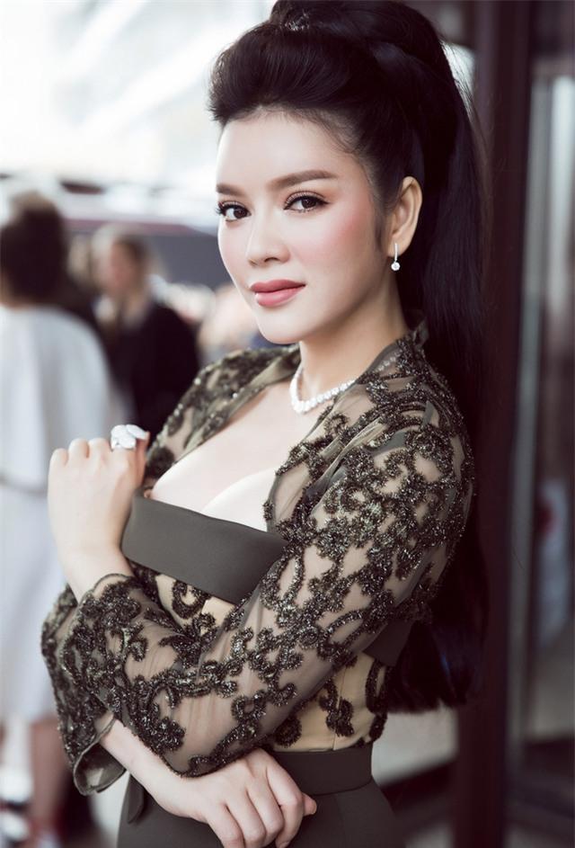 Lý Nhã Kỳ lên tiếng về bức ảnh làm rộ nghi vấn hở ngực ở Cannes - Ảnh 1.