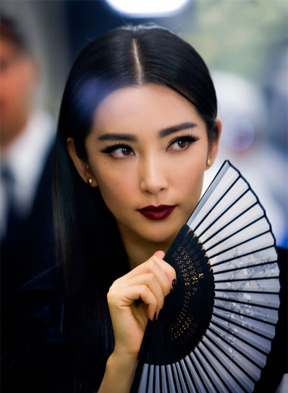 Những nữ nghệ sĩ Hoa ngữ được báo chí quốc tế sủng ái nhất trên đấu trường thảm đỏ - Ảnh 13.