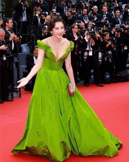 Những nữ nghệ sĩ Hoa ngữ được báo chí quốc tế sủng ái nhất trên đấu trường thảm đỏ - Ảnh 21.