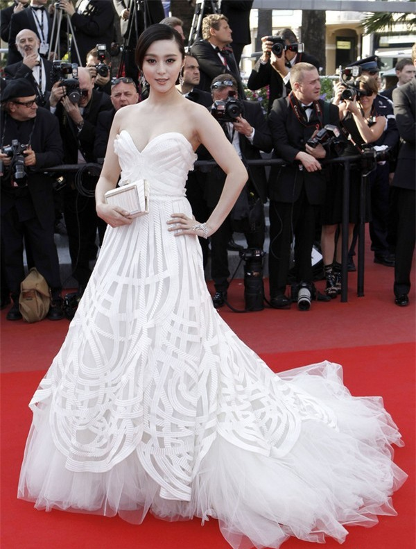 Những nữ nghệ sĩ Hoa ngữ được báo chí quốc tế sủng ái nhất trên đấu trường thảm đỏ - Ảnh 5.