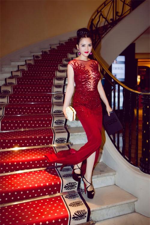 Boc mac vay hang hieu cua Ly Nha Ky tai Cannes 2013 hinh anh 9