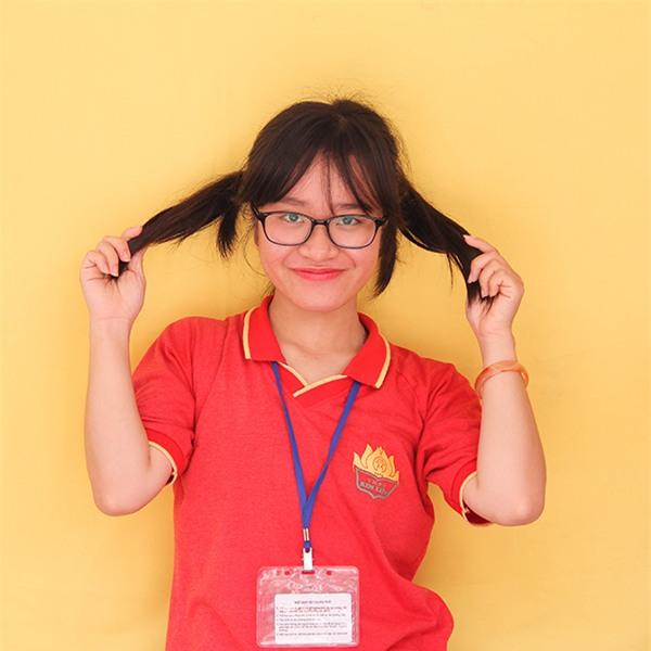 Bạn Thảo - Trưởng ban tổ chức sự kiện dành cho học sinh khối 12 trường Kim Liên