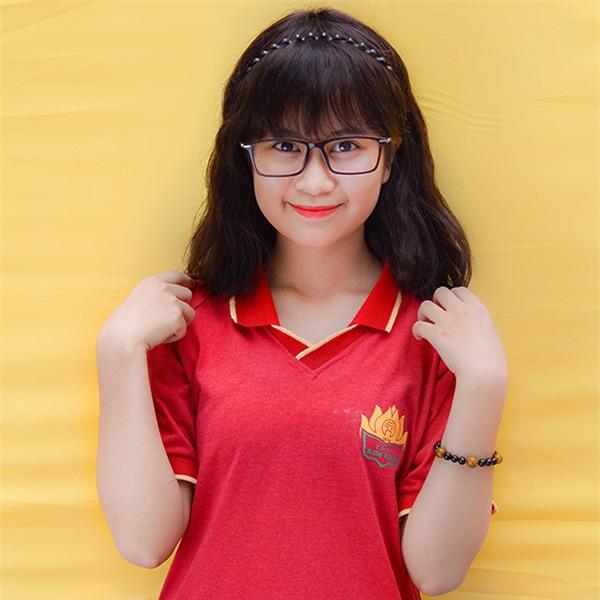 Lê Hà Linh , lớp 12A15