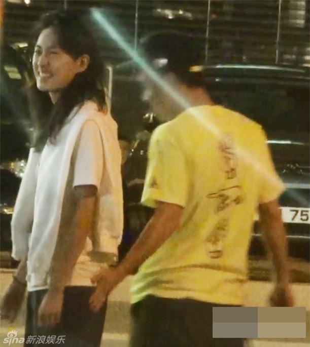 Trần Quán Hy bị tung ảnh hôn môi thắm thiết siêu mẫu Victorias Secret đã có chồng - Ảnh 2.