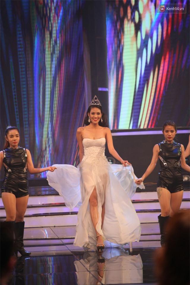 Diệu Ngọc chiến thắng, là đại diện của Việt Nam thi Hoa hậu Thế giới 2016 - Ảnh 6.