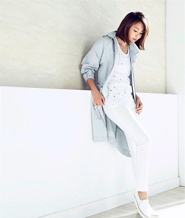 Hè này, trắng tinh khôi sẽ dẫn đầu bảng xếp hạng sắc màu thời trang.